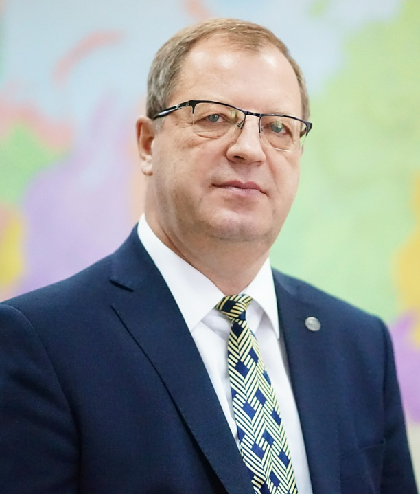 Геннадий Гусельников