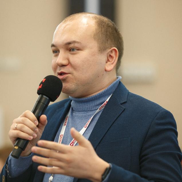 Михаил Владимирович Максимов